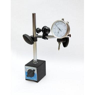 Инструмент для проверки биения тормозных дисков